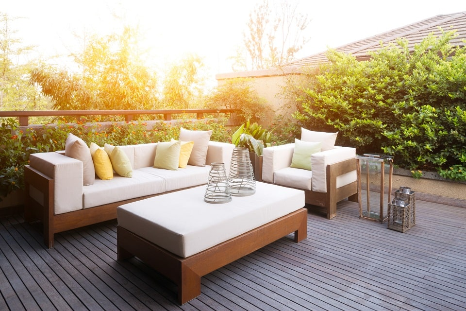 Fighting The Elements: A Quick Care Guide For Outdoor Furniture Fabric