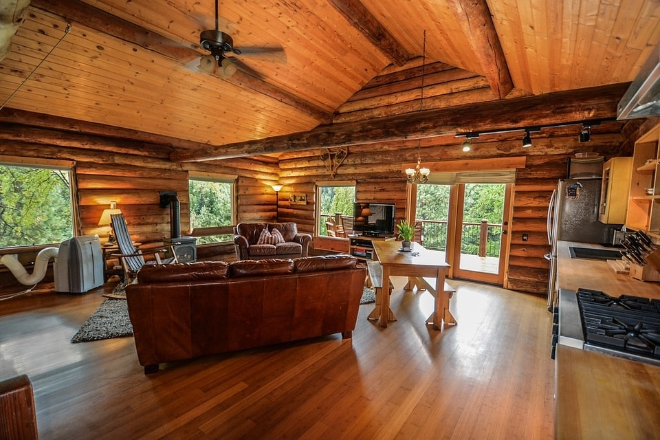 Myths Debunked: 10 Common Log Home Maintenance Myths!