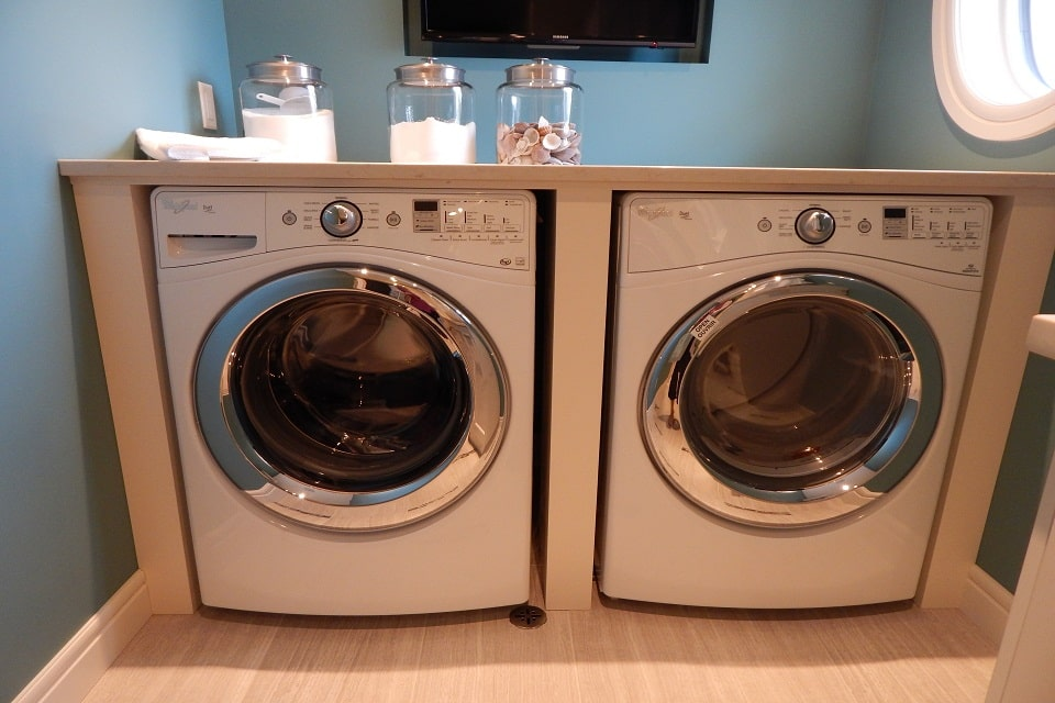 Outfitting Your Laundry Room What To Look For When Buying A New Washer And Dryer